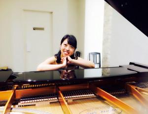 北海道札幌市月寒東のしまづピアノソルフェージュ教室しまづ先生プロフィール